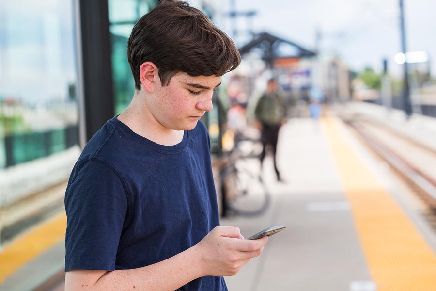 Photo of אימון לשיפור כישורים חברתיים לנער בן 13